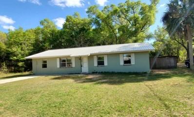 Interlachen, FL home for sale located at 509 E Tremont St, Interlachen, FL 32148