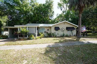 Keystone Heights, FL home for sale located at 465 SE Palmetto Ave, Keystone Heights, FL 32656