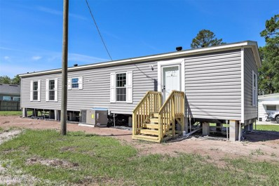 Macclenny, FL home for sale located at 524 Railroad Ave, Macclenny, FL 32063