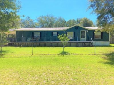 Interlachen, FL home for sale located at 100 Nering Ave, Interlachen, FL 32148