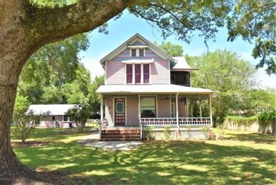 Crescent City, FL home for sale located at 210 Palmetto Ave, Crescent City, FL 32112