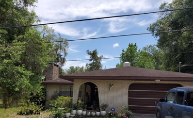 Crescent City, FL home for sale located at 117 Lake Grove Dr, Crescent City, FL 32112