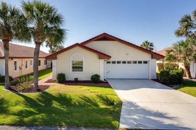 Palm Coast, FL home for sale located at 7 San Diego Ln, Palm Coast, FL 32137