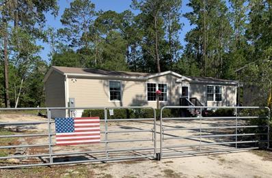 Interlachen, FL home for sale located at 113 Childs Rd, Interlachen, FL 32148