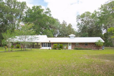 San Mateo, FL home for sale located at 116 Country Ln, San Mateo, FL 32187