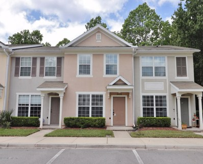Jacksonville, FL home for sale located at 8428 Thornbush Ct, Jacksonville, FL 32216
