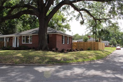 Jacksonville, FL home for sale located at 1032 Fairwood Ln S, Jacksonville, FL 32205