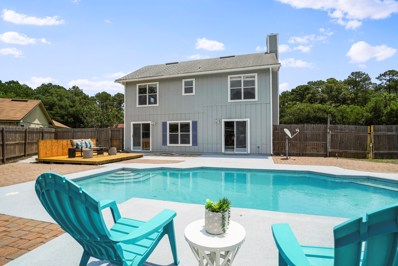 Jacksonville, FL home for sale located at 8001 Cumberland Gap Trl, Jacksonville, FL 32244