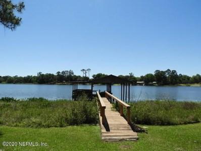 Interlachen, FL home for sale located at 134 Lake Shore Ter, Interlachen, FL 32148