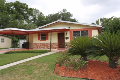 Jacksonville, FL home for sale located at 2118 Bo Peep Dr W, Jacksonville, FL 32210