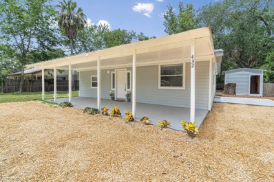 St Augustine, FL home for sale located at 432 Barcelona Ave, St Augustine, FL 32084