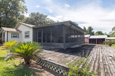 Interlachen, FL home for sale located at 628 Lake Shore Ter, Interlachen, FL 32148