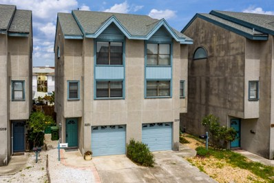 Jacksonville Beach, FL home for sale located at 2271 2ND St S, Jacksonville Beach, FL 32250