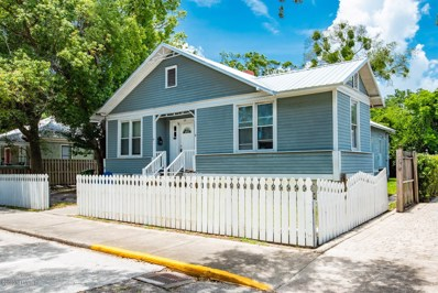St Augustine, FL home for sale located at 60 Carrera St, St Augustine, FL 32084