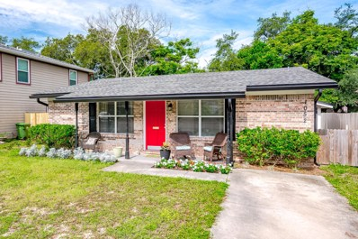 Jacksonville Beach, FL home for sale located at 1052 Penman Rd, Jacksonville Beach, FL 32250