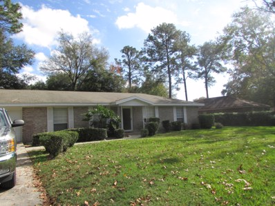 Jacksonville, FL home for sale located at 12477 Macaw Dr, Jacksonville, FL 32223