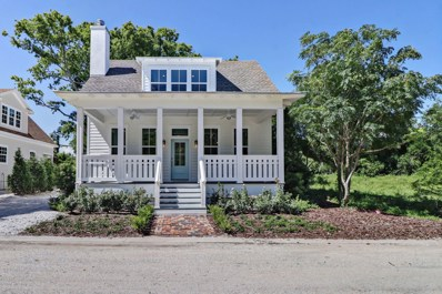 Fernandina Beach, FL home for sale located at 831 Garden St, Fernandina Beach, FL 32034
