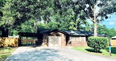 Starke, FL home for sale located at 820 Parkwood Pl, Starke, FL 32091