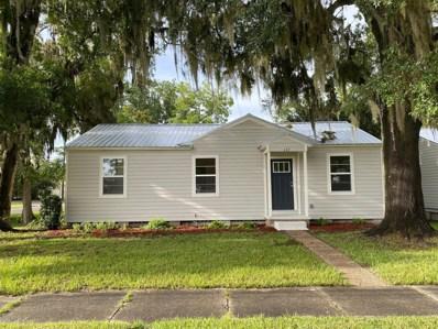Starke, FL home for sale located at 137 W Washington St, Starke, FL 32091