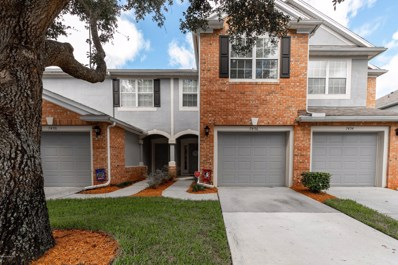 Jacksonville, FL home for sale located at 7496 Scarlet Ibis Ln, Jacksonville, FL 32256