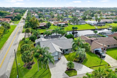 Palm Coast, FL home for sale located at 29 Christopher Ct, Palm Coast, FL 32137