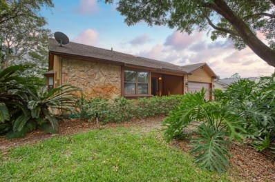 Jacksonville, FL home for sale located at 13946 Tiffany Pines Cir N, Jacksonville, FL 32225