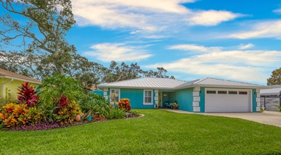 St Augustine, FL home for sale located at 525 W Tropic Way, St Augustine, FL 32080