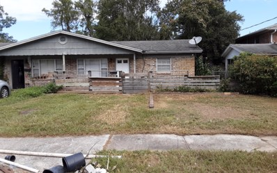 Jacksonville, FL home for sale located at 6061 Longchamp Dr, Jacksonville, FL 32244
