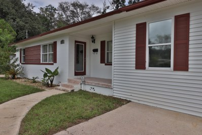 Jacksonville, FL home for sale located at 4635 Solandra Cir W, Jacksonville, FL 32210