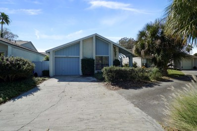 Ponte Vedra Beach, FL home for sale located at 2526 Dauphine Ct W, Ponte Vedra Beach, FL 32082