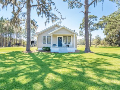 Hilliard, FL home for sale located at 26139 Willie Hodges Rd, Hilliard, FL 32046