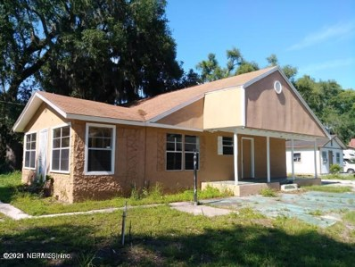 Orange Park, FL home for sale located at 1903 Railroad Ave S, Orange Park, FL 32073