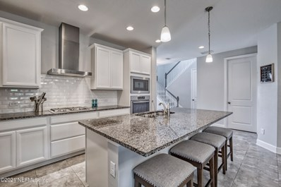 St Augustine, FL home for sale located at 176 Dalton Cir, St Augustine, FL 32092