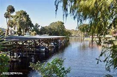 Satsuma, FL home for sale located at 213 Lakeview Dr, Satsuma, FL 32189