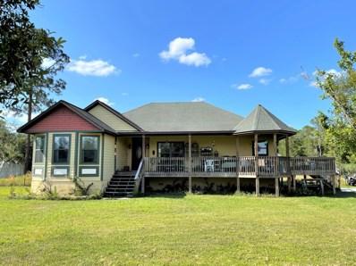 Interlachen, FL home for sale located at 224 Royal Ave, Interlachen, FL 32148