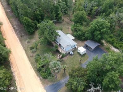 Interlachen, FL home for sale located at 611 Union Ave, Interlachen, FL 32148