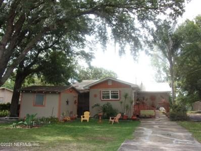 Interlachen, FL home for sale located at 872 Lake Shore Ter, Interlachen, FL 32148