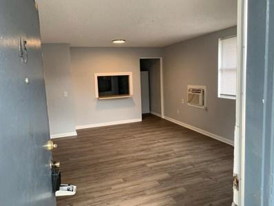 Jacksonville, FL home for sale located at 1110 Caliente Dr UNIT 52, Jacksonville, FL 32211