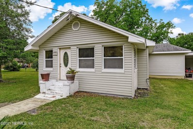 Jacksonville, FL home for sale located at 14459 Duval Pl W, Jacksonville, FL 32218