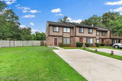 Jacksonville, FL home for sale located at 7141 Prestwick Cir N, Jacksonville, FL 32244