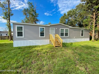 Palatka, FL home for sale located at 6004 E 6TH Manor, Palatka, FL 32177