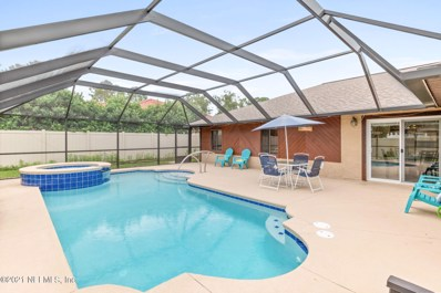Palm Coast, FL home for sale located at 27 Patchogue Ln, Palm Coast, FL 32164