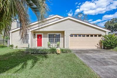 Orange Park, FL home for sale located at 562 James Wilson Cir, Orange Park, FL 32073
