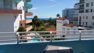 Miami Beach, FL home for sale located at 225 Collins Ave UNIT 5J, Miami Beach, FL 33139