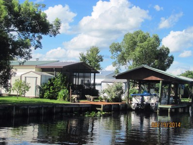 Welaka, FL home for sale located at 160 Moonlite Dr, Welaka, FL 32193