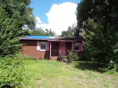 Crescent City, FL home for sale located at 712 Rocket Ln, Crescent City, FL 32112