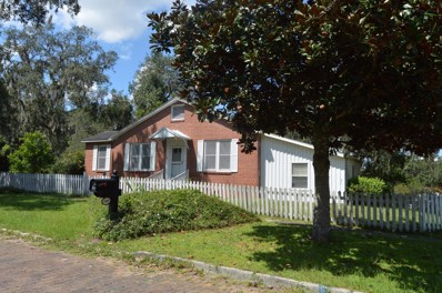 Palatka, FL home for sale located at 1800 Carr St, Palatka, FL 32177