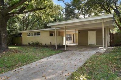 Jacksonville, FL home for sale located at 2211 Monteau Dr, Jacksonville, FL 32210