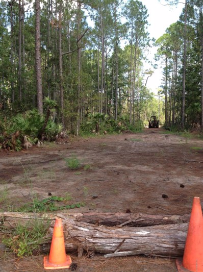 St Augustine, FL home for sale located at 7826 Us Highway 1 South, St Augustine, FL 32086