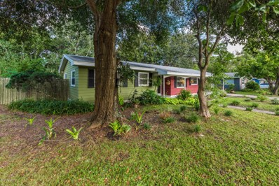 St Augustine, FL home for sale located at 820 Alhambra Ave, St Augustine, FL 32086